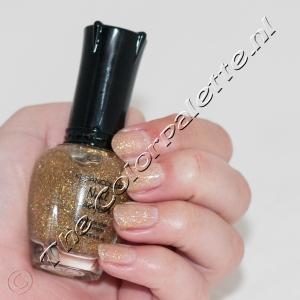 Kleancolor - Classics - 24 Carat - Swatch Nude - 2012-12-21-101021